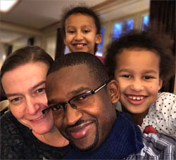 Familien Mushemba, Josephat, Lea, Rebekka, Naomi,